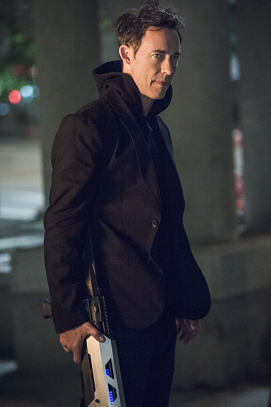 "The Flash -- ""The Fury of Firestorm"" -- FLA204B_0168b -- Pictured: Tom Cavanagh as Harrison Wells -- Photo: Cate Cameron /The CW -- © 2015 The CW Network, LLC. All rights reserved."