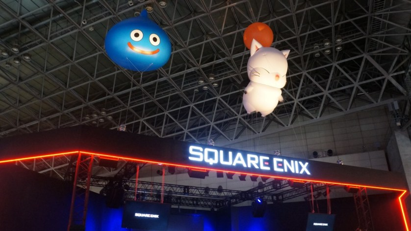 Slime & Moogle floating a top the Square Enix booth. Kupo!