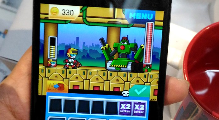 mighty-alphadroid-popsicle-game-esgs2016-boss-battle