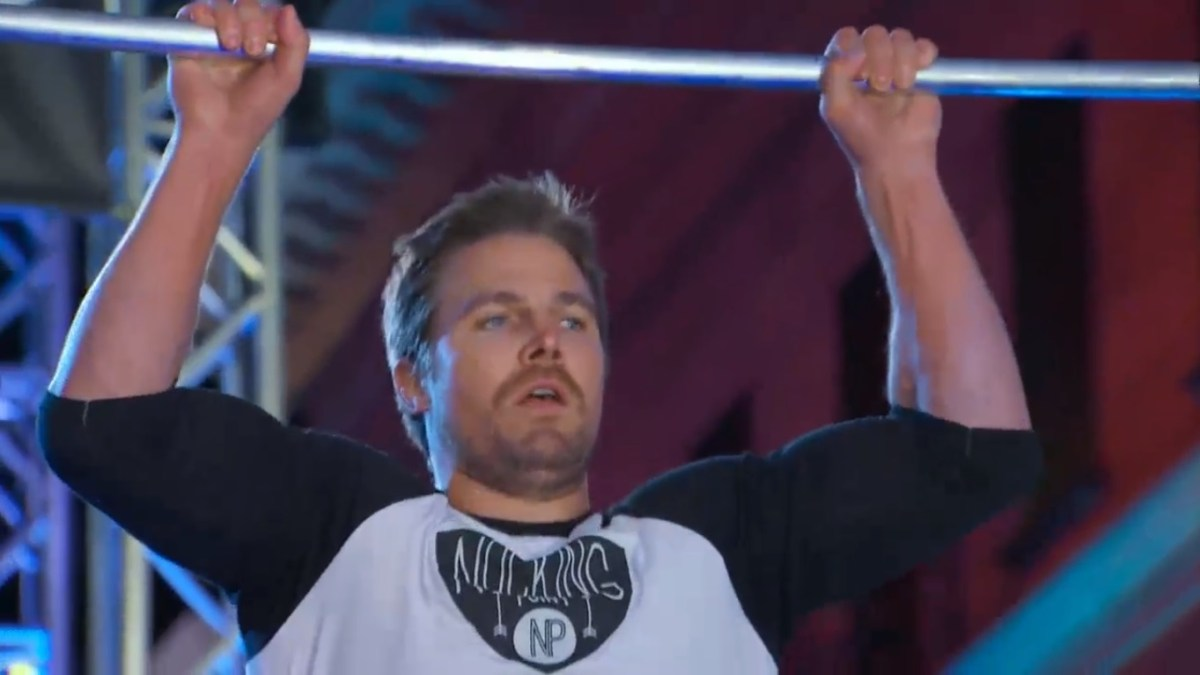 [WATCH] Full Stephen Amell American Ninja Warrior Performance | Goes Above And Beyond for Charity