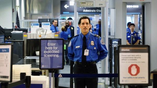 prohibido apagar celular en avion