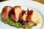 Ovnsbakt kyllingfilet i Strandaskinke med brokkolipuré