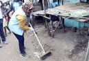 Residents, diplomats and UN-Habitat staff join hands to clean up Nairobi