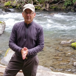 KEVIN GRINDE: Rhythm Of The Trail — Dog And Master Learn To Live With Age