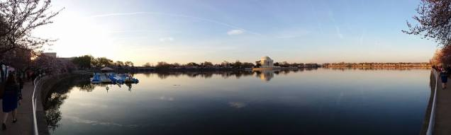 Panoramic view of the paddleboats, left, and the Jefferson Memorial with the cherry blossoms.