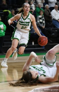 January 24, 2019: A NCAA basketball game between the Denver Pioneers and the University of North Dakota Fighting Hawks at Betty Engelstad Sioux Center in Grand Forks, ND. Photo by Russell Hons