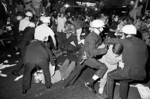 A fight breaks out between police and demonstrators during the Democratic National Convention on Aug. 28, 1968. (Bettman / Getty Images)
