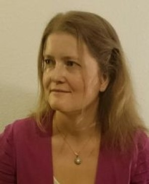 Júlia Mink 206b