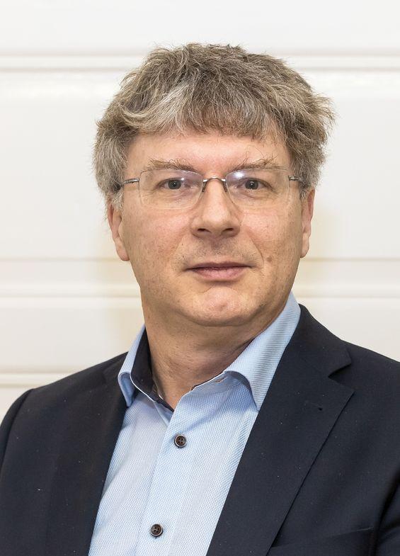 "Professor Manfred Wendisch is spokesperson of CRC/Transregio 172, ""Arctic Amplification (AC)³""."