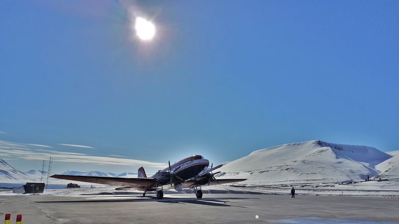 The Alfred Wegener Institute's Polar 5 research aircraft on Svalbard.