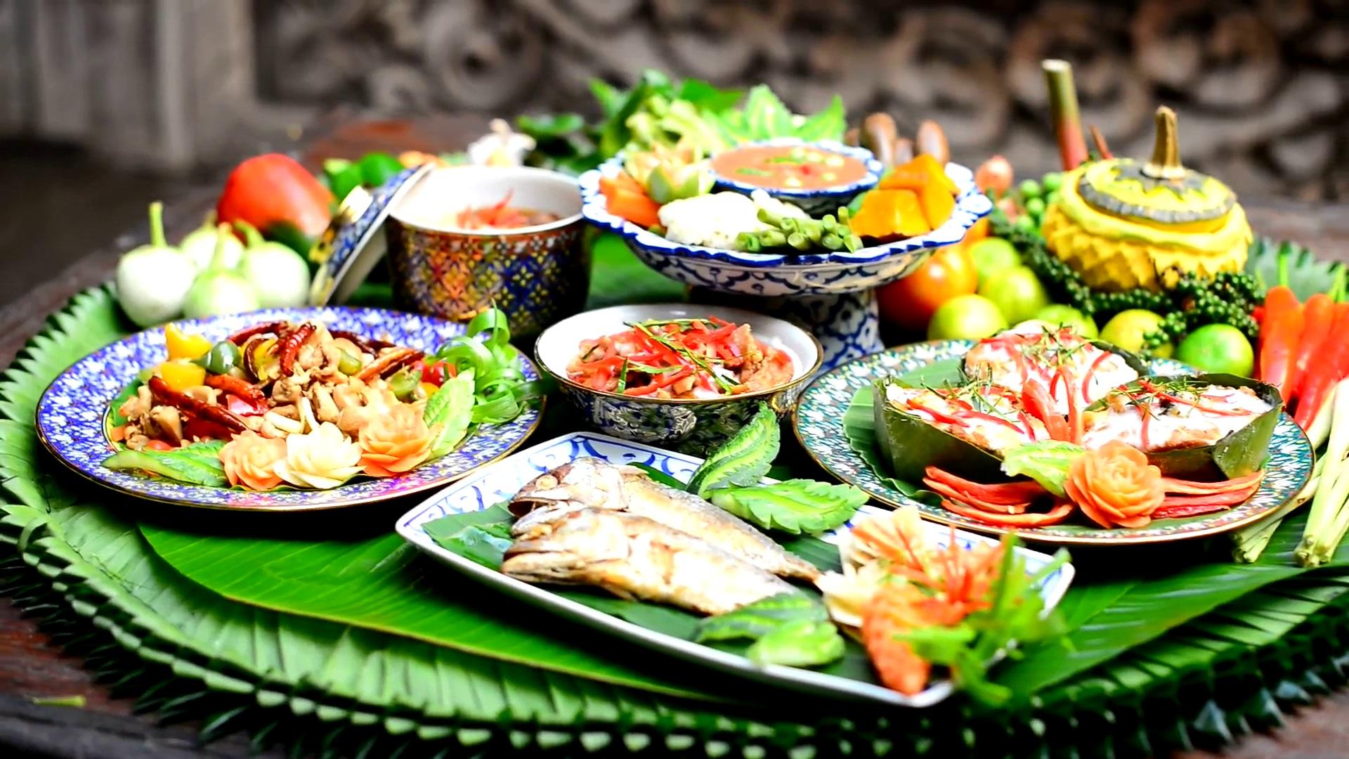 Resultado de imagem para thai food