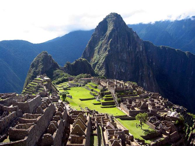 Machu Picchu, az egykori Inka Birodalom romvárosa Peruban.