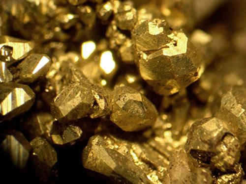 Arany.