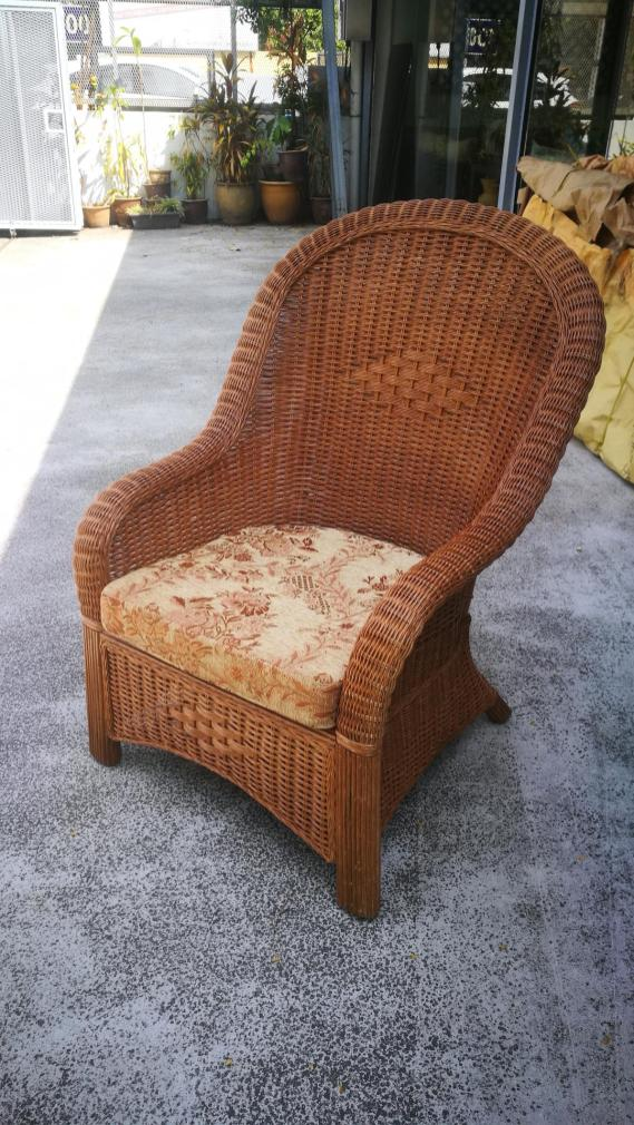 Customade rattan arm chair