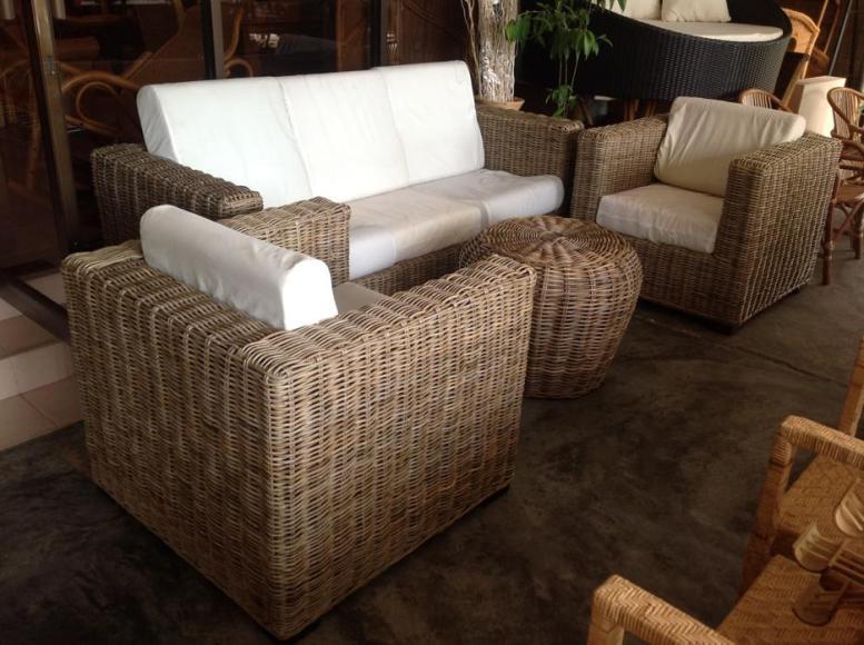 Koboo Sofa Set