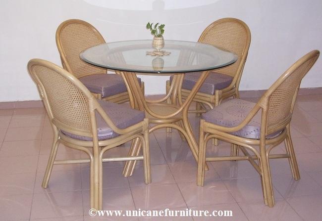 Rattan Dining Set 2004