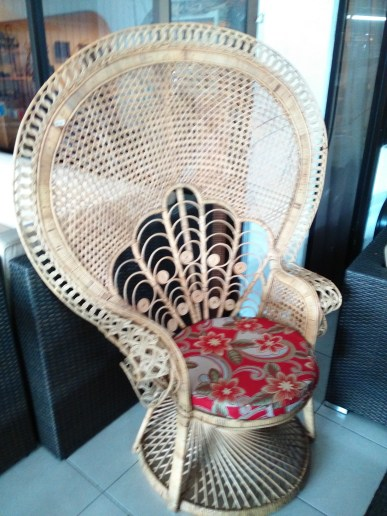 rattan-peacock-chair