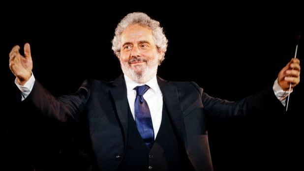 """2Nicola Piovani Nicola Piovani a """"... conta la musica"""" con """"La musica è pericolosa"""""""
