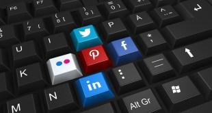 Tastiera computer con loghi social