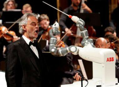 YUMI - director de orquesta - robot orquesta - robotica