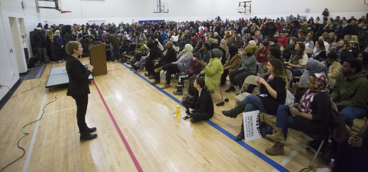 Minneapolis 'Resisting the Muslim Ban' Community Meeting Draws Hundreds