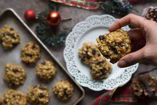 These oatmeal cookies without brown sugar are perfect for the holidays.