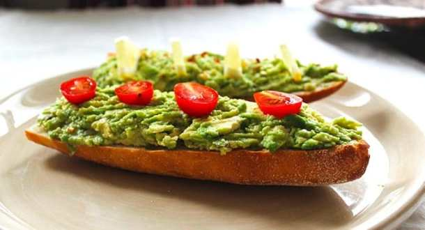 Avocado Toast Boats are healthy and filling! Perfect for breakfast!