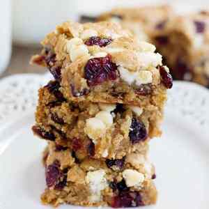 Cranberry White Chocolate Oatmeal Cookie Bars