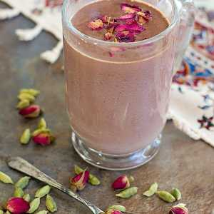 Cardamom Rose Hot Chocolate – Iran in a cup