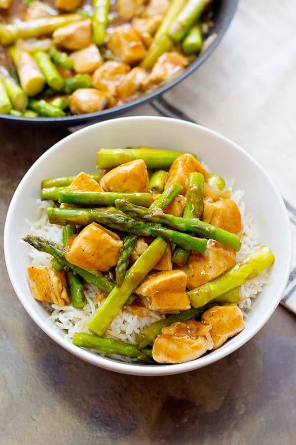 Chicken Asparagus Stir Fry is a simple yet very delicious choice for weeknight dinners. All the flavor is in the special sauce made from basic ingredients!
