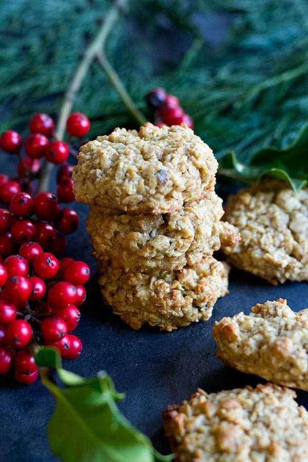 maple oatmeal cookies with walnuts are great for the holidays