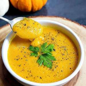 Saffron Roasted Butternut Squash Soup