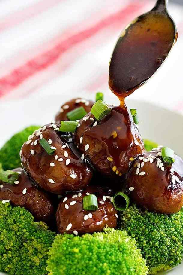 Bring amazing flavors to your usual meals with these Ginger Garlic Chicken Meatballs. These meatballs are light, delicious and smothered in homemade sauce!