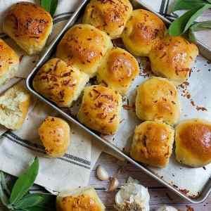 Sage Parmesan Garlic Buns