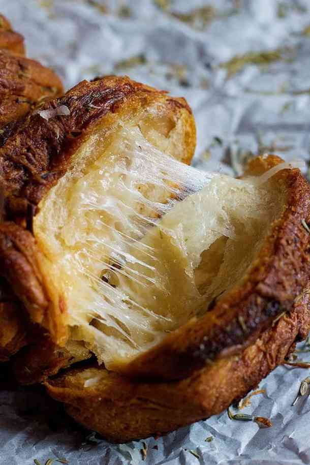garlic cheese pull apart bread recipe with parmesan.