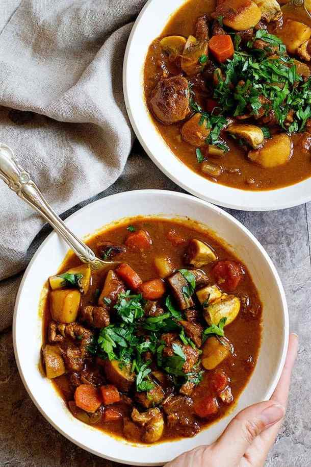 This easy lamb stew is filled with healthy and tasty ingredients. A one pot lamb stew with minimum preparation time is perfect for family meals.