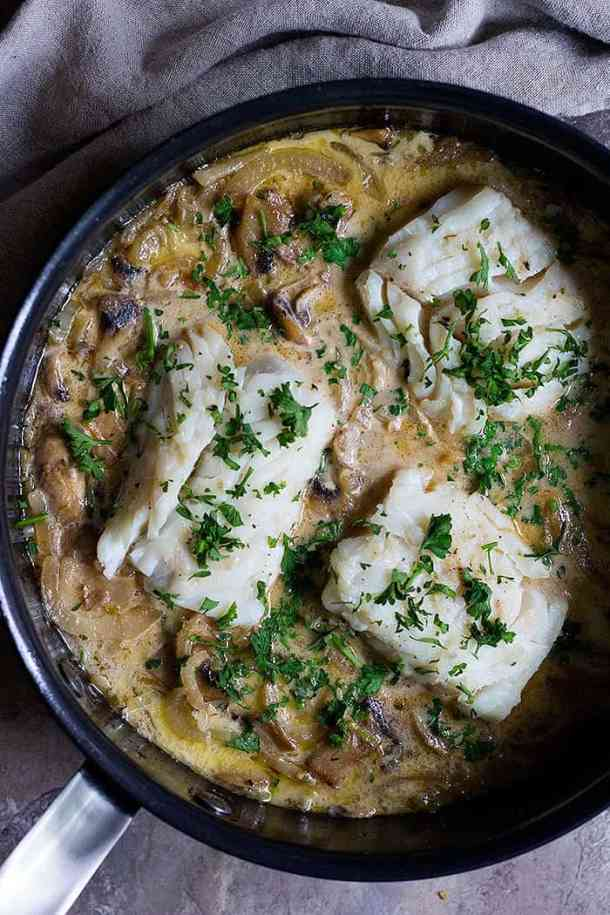 This pan seared cod is cooked in a flavorful shallot, fennel and mushroom sauce and served with some dill rice. It's a simple cod recipe makes the perfect dinner is less than one hour.