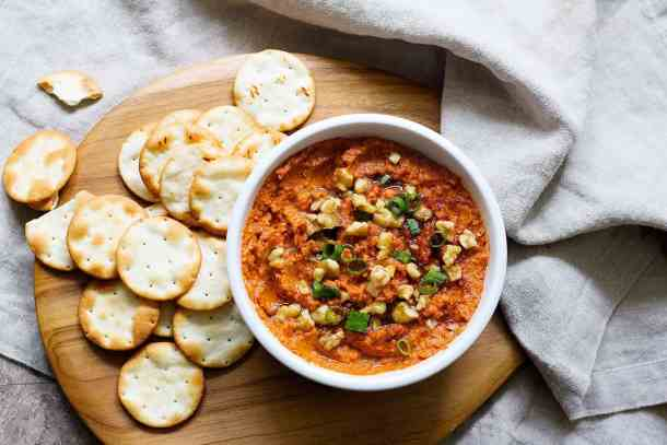 Serve muhammara with pita crackers.
