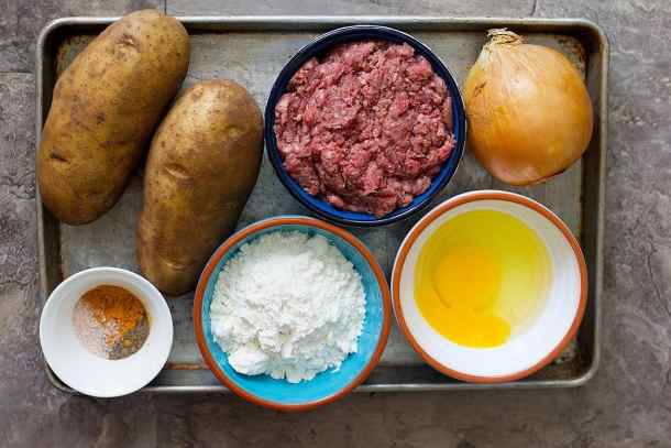 To make Kotlet, you need ground beef, potatoes, onion, egg, spices and flour.