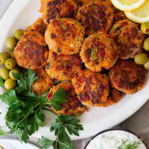 Easy Alaska Salmon Patties Recipe