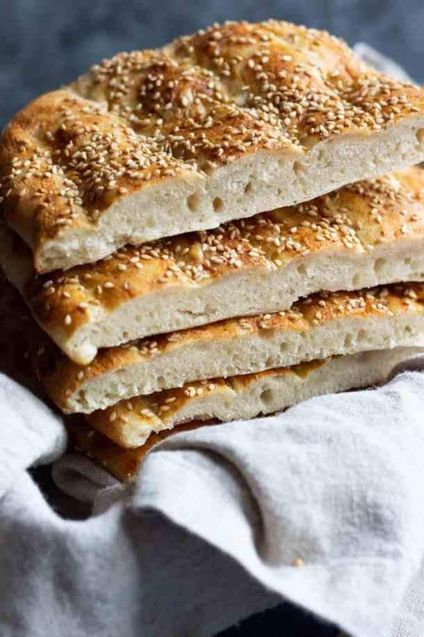 Cut the bread into pieces once it has cooled for 15 to 30 minutes.