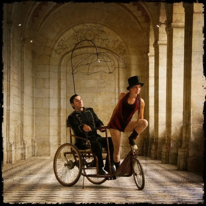 Compagnie La folle allure, cirque des routes Mordelles