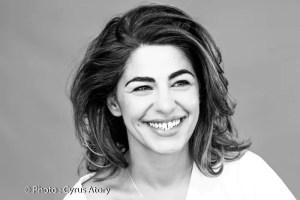 Sarah-Doraghi-Je-change-de-file-Humour-Theatre-des-Bergeries