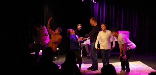 Unikum digger: Impro i Kristiansand