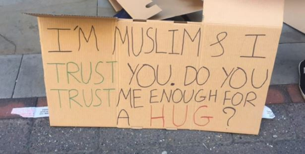 Blindfolded Muslim Man Offers Hugs In Manchester, Gets Amazing Response Baktash1