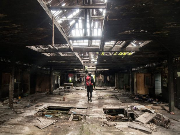 Guy Sneaks Into Abandoned Volcano Town And Takes The Most Incredible Photos 18589136 1408468162566127 8480812429105667943 o