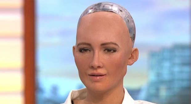 Sophia The Human Robot Completely Freaked Out Piers Morgan And Susanna Reid human robot on good morning britain 2