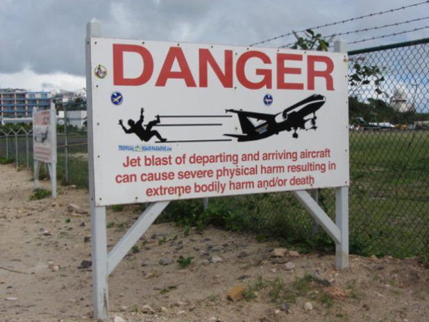Tourist Dies After Being Hit By Jets Blast On The Beach Danger Sign 1 624x468