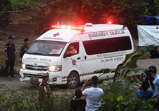 Never Forget Saman Gunan, The Diver Who Died Saving The Boys Trapped In Cave Thai football team rescue web thumb