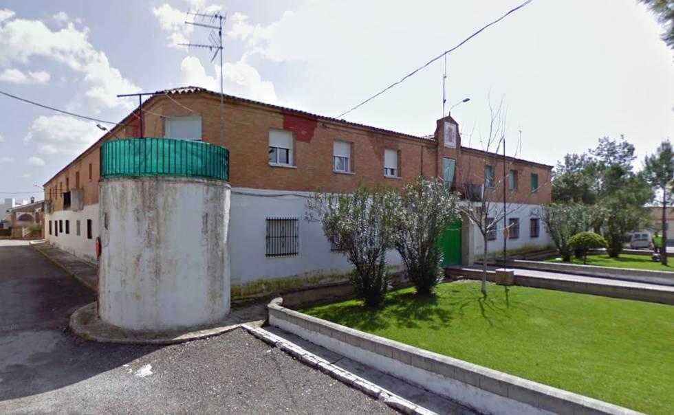 UnionGC felicita a los Guardias Civiles que han actuado en la detención de un individuo y, recuperación de varias armas sustraídas en la casa-cuartel de Láchar